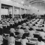 Fabbrica italiana Magneti Marelli, stabilimento di Pavia (1938), reparto di costruzione di valvole per le radio