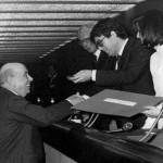 Pietro Bagnoli, segretario generale ANIE, in una foto degli anni '80 con il presidente di Confindustria Vittorio Merloni